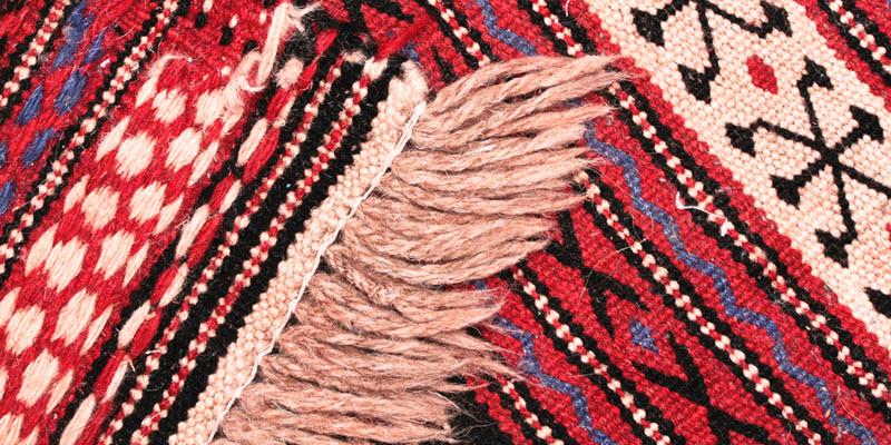 Binding a rug Edge